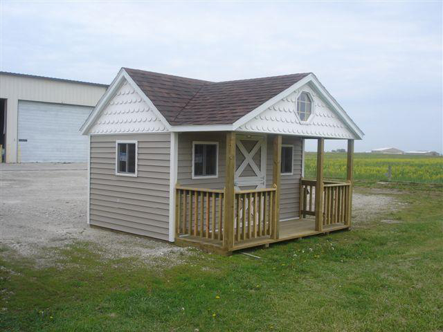 8×12-custom-playhouse-4ft-porch
