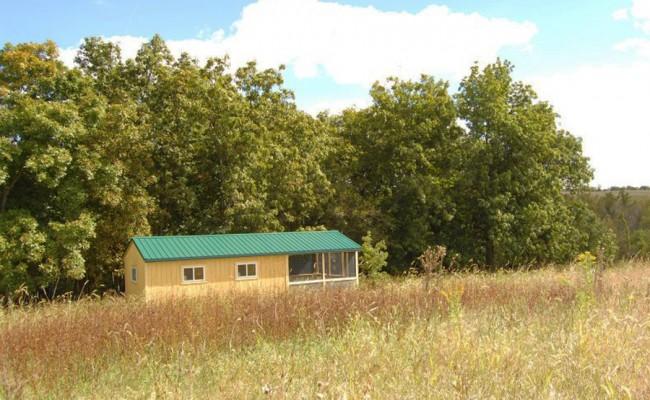 cabin-prairie